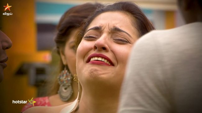 Bigg boss tamil vote online voting season 2 missed call details mumtaz crying vote bigg boss tamil altavistaventures Image collections